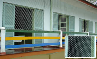 Clinica de repouso com segurança acomodações com tela de proteção